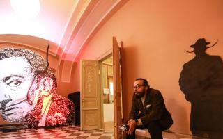 Выставка сальвадора дали в музее фаберже в спб в 2019