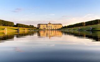 Стрельна, достопримечательности: константиновский дворец и парк