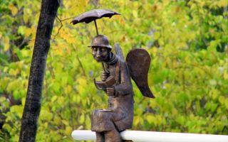 Петербургский ангел на скамейке: где это, как добраться?