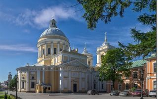 Троицкий собор и свято-троицкий собор александро-невской лавры