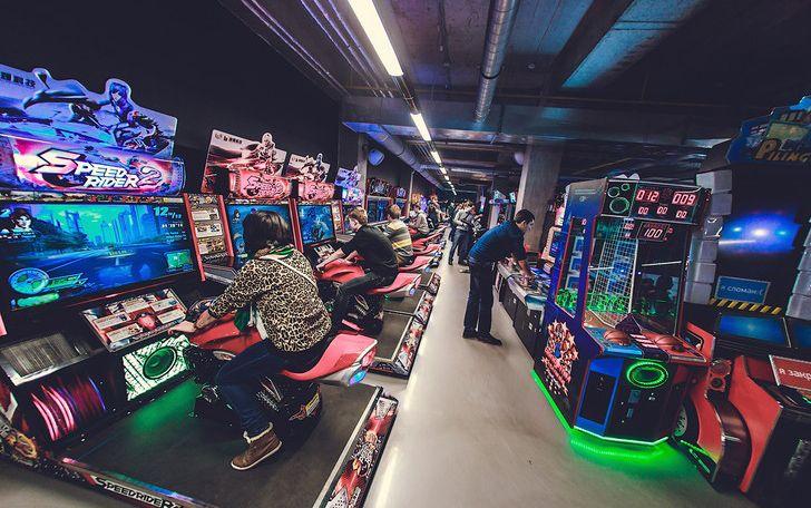 Парк с игровыми автоматами спб fantastic 7s игровой автомат